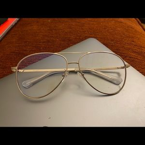 Quay Austrailia blue light glasses
